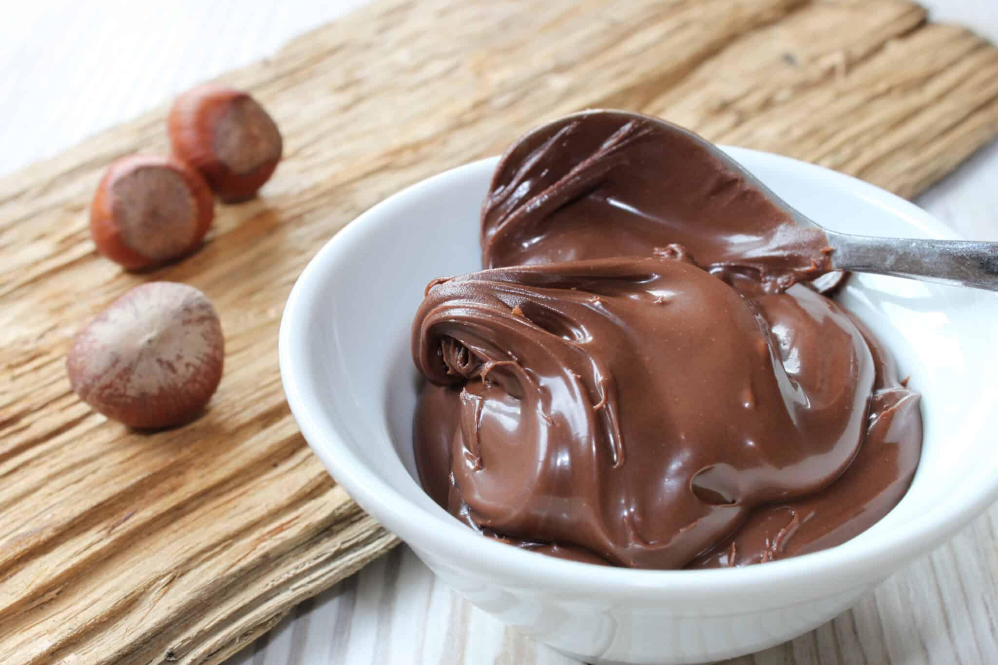 recette p te tartiner nutella la meilleure et la plus conomique des recettes. Black Bedroom Furniture Sets. Home Design Ideas