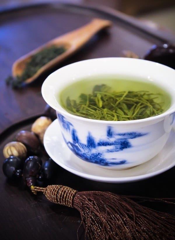Tasse de Thé Vert à déguster